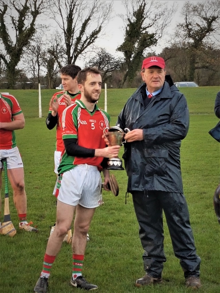 East Cork JHL Div 3 Winners 2018 - Captain Cathal Cronin receiving the Owenacurra cup